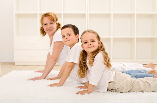 examiner-com-family-yoga-photo